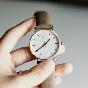 腕時計の電池交換修理