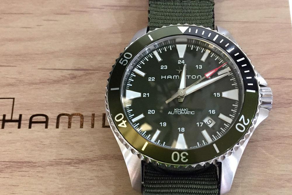 「KHAKI Navy」H82375961 92,400円