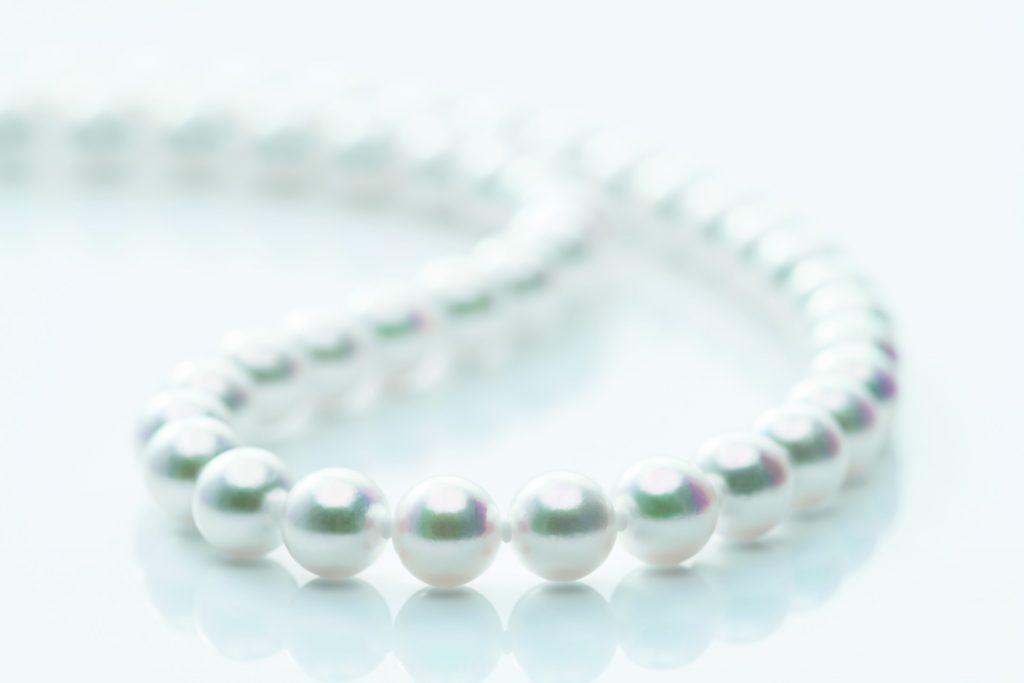 養殖にかける時間も手間も桁違いの「越しもの」真珠